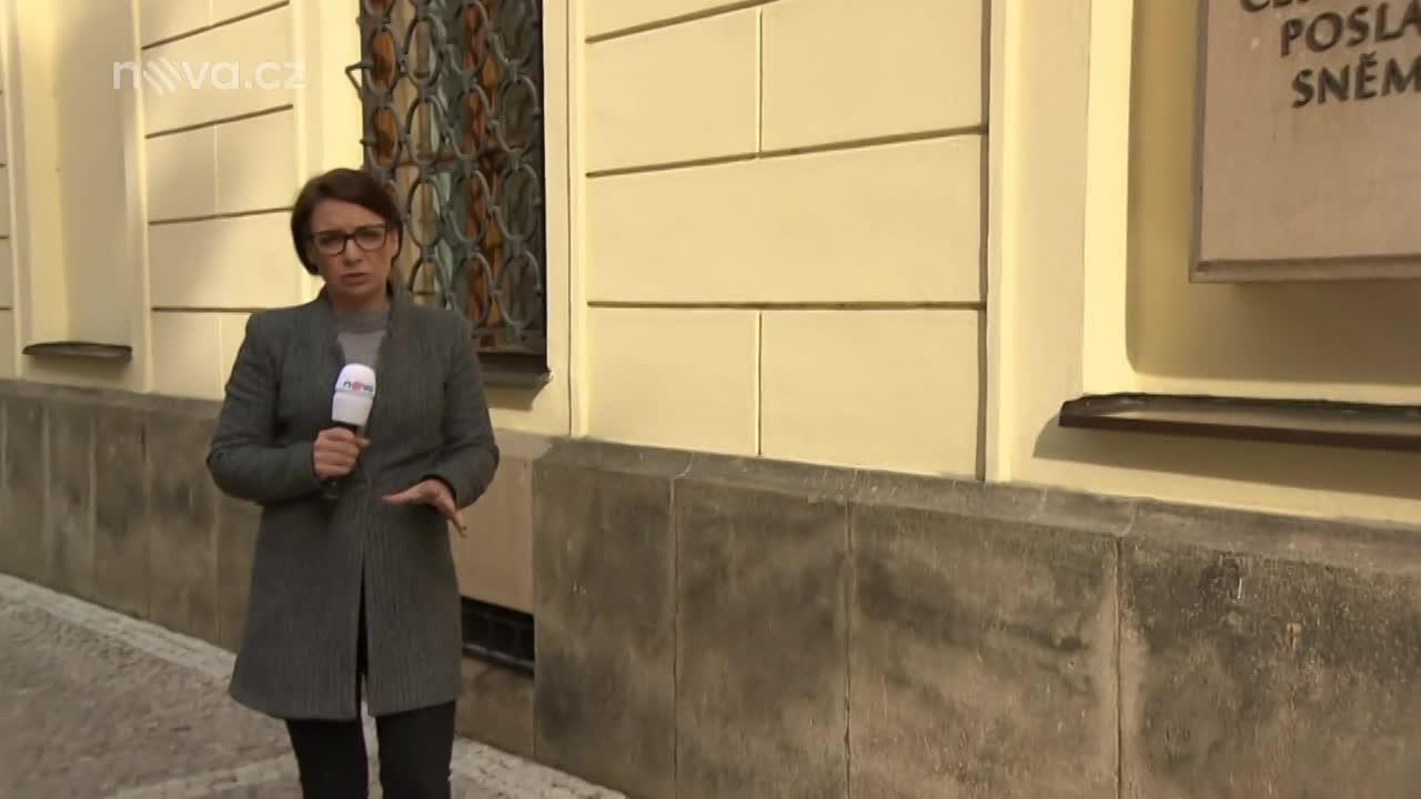 Oblíbený pořad Napřímo má novou moderátorku! Bára Divišová bude zpovídat české politické špičky