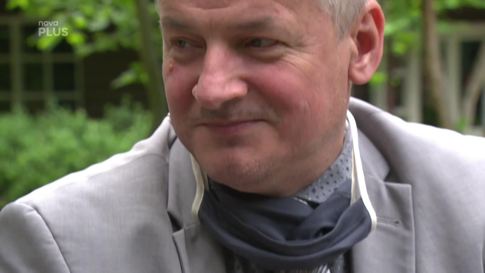 Exkluzivní rozhovor: Nejznámější český epidemiolog se rozpovídal o svém soukromí