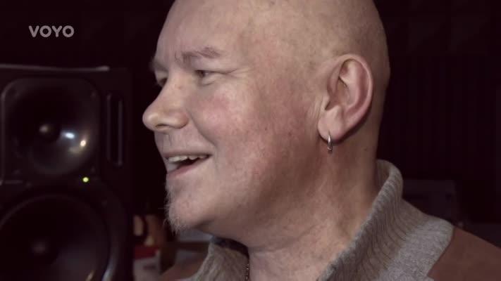 ´Nevnímal jsem signály těla.´ Otec a manžel s leukémií nyní čeká na dárce. Rodina se slzami v očích vypráví příběh