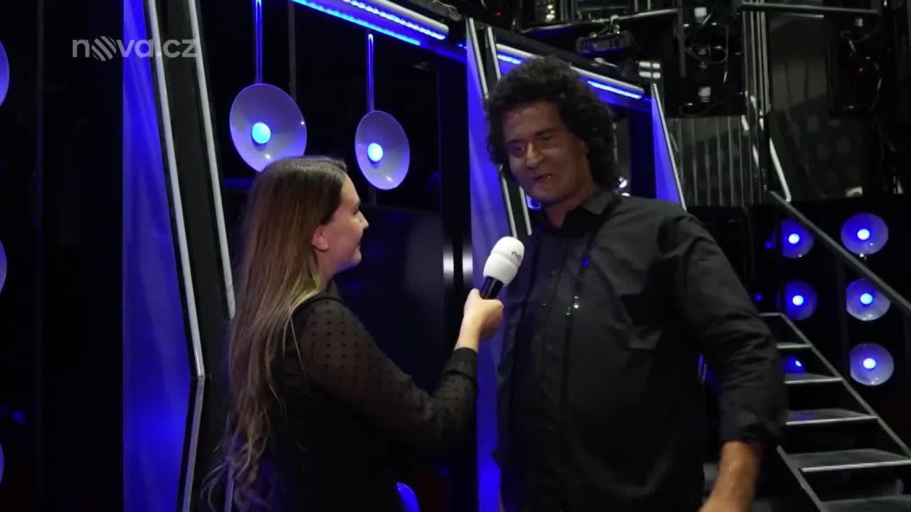 Nečekaný striptýz: Vítěz páté epizody Tvojí tváře Roman Zach se během rozhovoru svlékl!